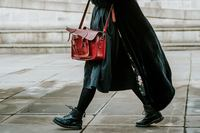 25% OFF Ladies Handbag Store